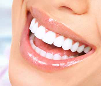 Downtown Dental Centre ensures your teeth and gums are healthy first before moving forward with teeth whitening.